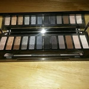 Urban Decay Naked Smoky Palette!💋💄🙆